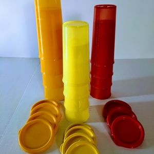 Tupperware 12 Tumblers with Lids